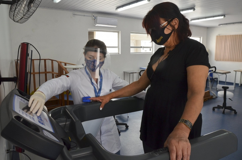 Eliane faz reabilitação pneumofuncional na Acadef por conta de sequelas da Covid-19